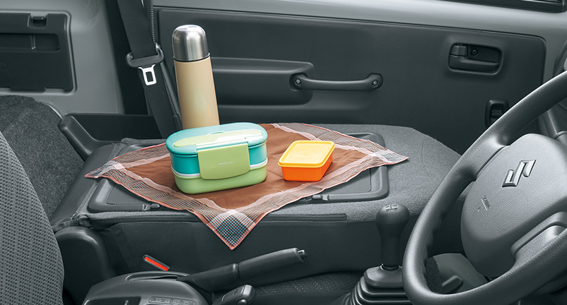 シートバックスペースポケット(運転席側)