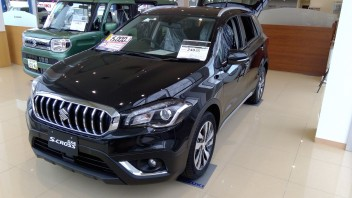 SX4展示車紹介!!